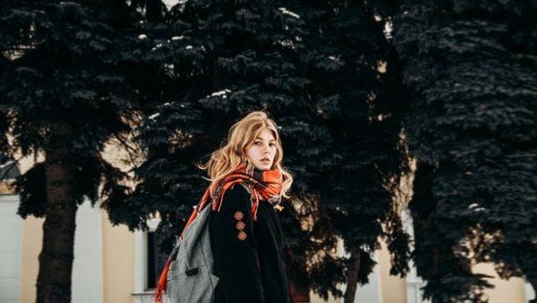 チェスターコート(キャメル)の人気の秋冬レディースコーデ!